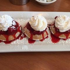 Photo taken at Perkin's Restaurant by 🍀Kelli M. on 5/8/2015