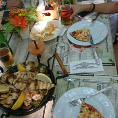 "Photo taken at ресторант ""Овчарска лъка"" by Aydın Ö. on 7/29/2015"
