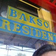 Photo taken at Bakso President by zunan a. on 11/27/2012