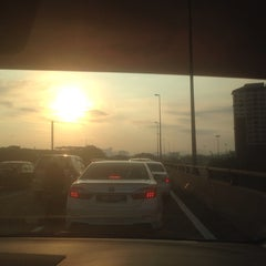 Photo taken at Taman Datuk Harun by Yoki T. on 8/10/2014