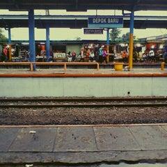 Photo taken at Stasiun Depok Baru by Ardy S. on 10/19/2012
