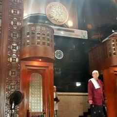 Photo taken at Masjid Agung AL-BARKAH Bekasi ® by M harun A. on 6/3/2014