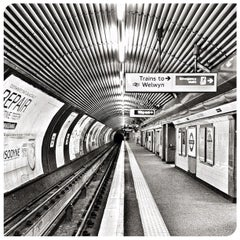 Photo taken at Old Street London Underground Station by Fabien B. on 9/17/2012