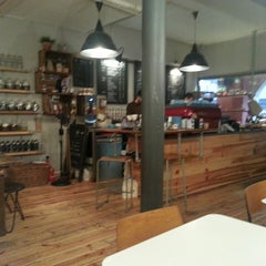 Photo taken at North Tea Power by Laurens G. on 3/22/2013