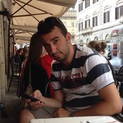 Photo taken at Ristorante Pizzeria Bibo Bar by Gülşah B. on 9/12/2014