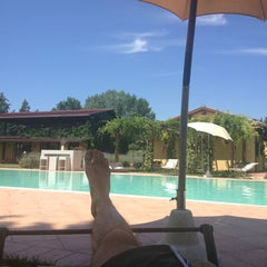 Foto scattata a Garden Resort & Spa San Crispino da Matteo Stewart L. il 6/24/2012