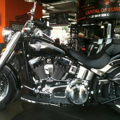 Photo taken at Harley-Davidson by Marie L. on 8/3/2013
