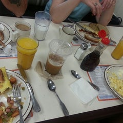 Photo taken at Uncle Bill's Pancake House by Emily L. on 8/16/2014