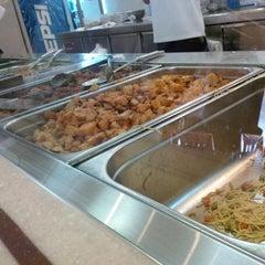 Photo taken at فادان للمأكولات الإندنوسية - fadan restaurant by Allo0of B. on 11/15/2013
