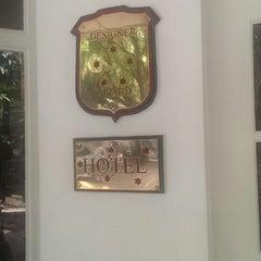 Photo taken at Plantation Hotel - Kitulgala by Kirill Z. on 12/10/2013
