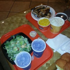 Photo taken at Pollo Tropical by Walter C. on 3/24/2014