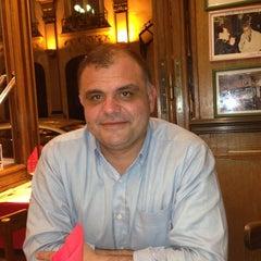 Photo taken at Pizza Firenze by Oğuz Ş. on 8/23/2013