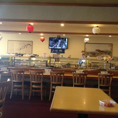 Photo taken at Umi Sushi Boat by Antonio A. on 1/19/2013