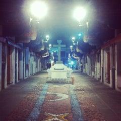 Photo taken at Barrio del Artista by Yennie B. on 3/23/2013