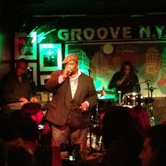 Photo taken at Groove NYC by Suzanne L. on 12/25/2012