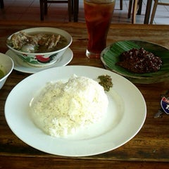 Photo taken at RM Muara Kobe (Lapo Batak) by Ian A. on 10/11/2014
