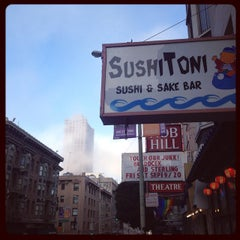 Photo taken at Sushi Toni by Richard Francis W. on 9/12/2014