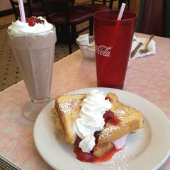 Photo taken at Rosie's Diner by Emily J. on 6/19/2014