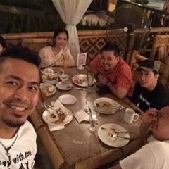 Photo taken at Restoran Istana Bambu by Kerry A. on 9/30/2015