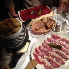 Photo taken at Le Vieux Bistrot by María Cristina M. on 3/4/2014