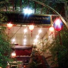 Photo taken at Little Saigon Boutique Hotel by Chou C. on 9/13/2013