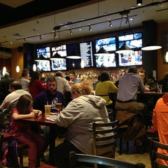 Photo taken at Frisco Tap House & Brewery by Amy P. on 2/7/2013