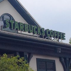 Photo taken at Starbucks by Robin B. on 8/18/2014