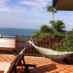 Photo taken at Baan Kantiang Villa Resort by Edita S. on 11/19/2013