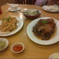 Photo taken at Laota Restaurant by Vhida h. on 8/22/2013