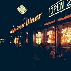 Photo taken at Elgin Street Diner by Mourad B. on 9/7/2013