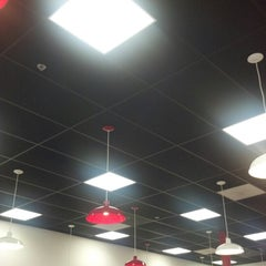 Photo taken at Five Guys by Tallon D. on 9/21/2012