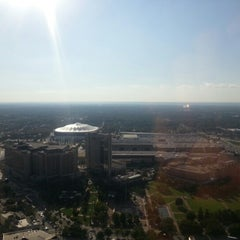 Photo taken at The Westin Peachtree Plaza - Gym by Noophet H. on 9/20/2012