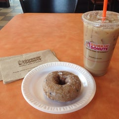 Photo taken at Dunkin Donuts by Jason S. on 2/23/2014