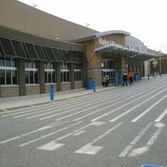Photo taken at Walmart Supercenter by Joy P. on 10/14/2013