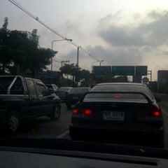 Photo taken at Prasert-Manukitch Road by Gochie W. on 10/29/2012