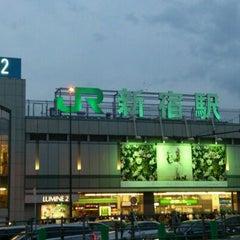 Photo taken at 新宿駅 (Shinjuku Sta.) by ニシユ ヤ. on 4/30/2012