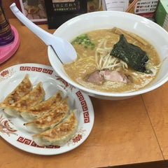 Photo taken at らーめんゆうきや総本店 by 翡翠猫 on 3/27/2015