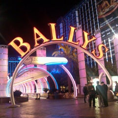 Photo taken at Bally's Hotel & Casino by Jessi C. on 1/19/2013