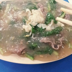 Photo taken at Kwetiaw Sapi Kelapa Gading by Baby B. on 11/15/2013