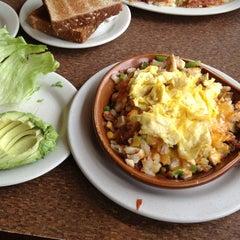 Photo taken at Cozy Corner Restaurant & Pancake House by Juan G. on 9/8/2013