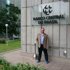 Photo taken at Banco Central do Brasil (BACEN) by Raed S. on 4/13/2015
