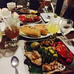 Photo taken at Kawayanan Grill by Janine C. on 9/27/2015