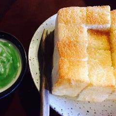 Photo taken at กาแฟฮูย่า (Coffee HooYa) by Kung P. on 7/18/2015