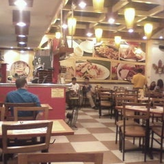 Photo taken at Bacolod Chicken Inasal by Joe S. on 1/31/2013