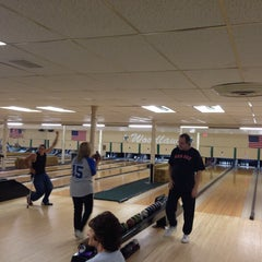 Photo taken at Woodlawn Duckpin by Danielle W. on 6/4/2014