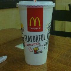 Photo taken at McDonald's by Susan 💋 M. on 3/29/2014
