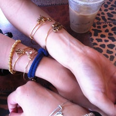 Photo taken at ALEX AND ANI Newport by Hiromi K. on 7/2/2013