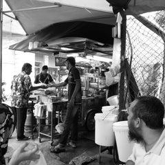 Photo taken at Mamak Stall Maybank Union Street by Azizan • V§ on 1/25/2013