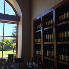 Photo taken at St. Francis Winery & Vineyards by Anna G. on 10/10/2015