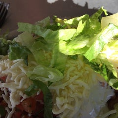 Photo taken at Chipotle Mexican Grill by Matt V. on 11/21/2014